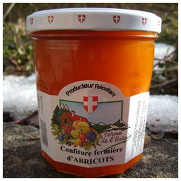 http://www.lafermedelasource.fr/189-thickbox_atch/confiture-d-abricots.jpg