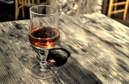 http://www.lafermedelasource.fr/227-thickbox_atch/vin-rose-bio-cinsault-grenache-2013.jpg