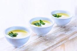 http://www.lafermedelasource.fr/233-thickbox_atch/soupe-de-cougettes-a-la-menthe.jpg