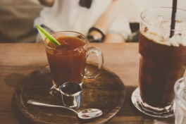 http://www.lafermedelasource.fr/280-thickbox_atch/liqueur-de-cafe.jpg