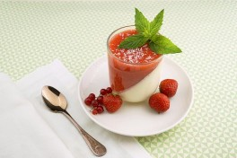 http://www.lafermedelasource.fr/353-thickbox_atch/compote-de-pommes-fraises.jpg